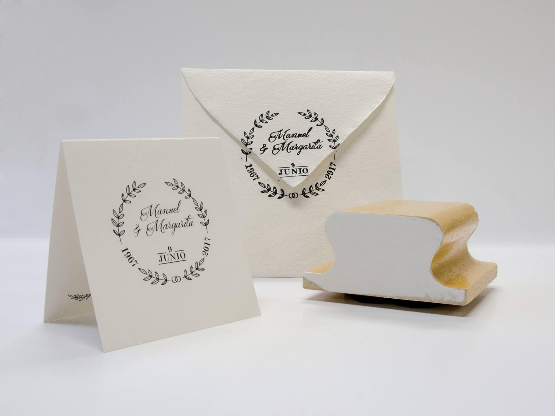 Diseño invitación, sobre y sello 50 aniversario de bodas